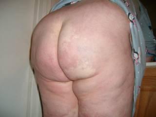awesome ass love to give ya a good lickin