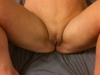 Such a mouthwatering and cock hardening view!  What a sexy body. I'd love to lick your tasty pussy then make your body shake and quiver underneath me in orgasm, while I'm giving you my long hard cock!