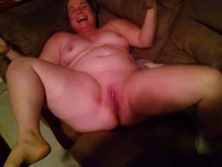 OMG!! Sooo fleshy, so very nude, so sexy.... Love your nude cunt