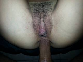 De verdad ...Voy a cum con esa foto esta noche . Pelase let me cum on your woman's hairy horny pussy as you pump her culo full