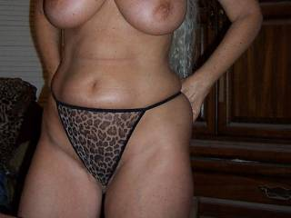 Tell her what you think of this body......I happen to think it\'s way to nice not to share!