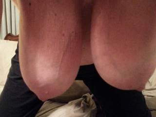 Like the way my boobs hang down ?