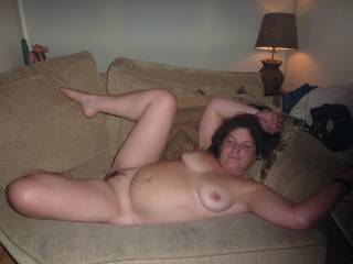 Shit yeah! .. I love the submissive pose and I would give it to her hard!