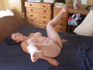 WOW! … this ready for cock pose is absolutely brilliant. I would love to stick my cock in & then feel her wrap her beautiful legs around my back while I'm going in balls deep.
