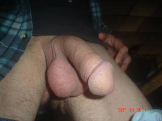 Even somewhat flaccid this is one hot cock. Great head and nice balls.