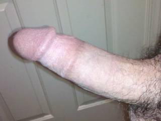 nice thick cock would look hot shaved smooth