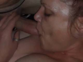 I love to suck cock and take a huge load.