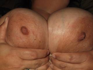 Love to cum all over your gorgeous tits