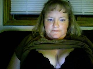 Would love to see you get extra frisky and let me cum all over your big beautiful tits