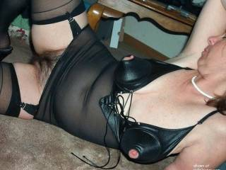 please please please add more of these gorgeous pics of your perfect pussy. i love your snatch a lot. and you yourself are so awesome (and kinky too as i can clearly see here)