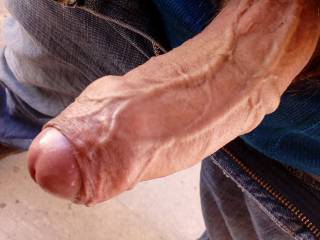 Hi ladies ,this is my veiny cock ready, hope you like