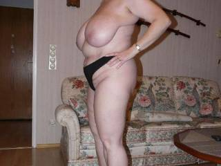 great big heavy tits. should take some shots with those katanas ;)