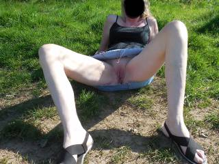 Flashing my pussy in the park