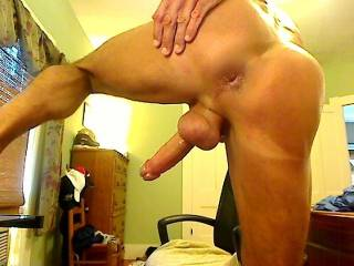 SENSATIONAL VIEW of EVERYTHING, dude, HORNY ASS and a SPECTACULAR TASTY DICK and BALLS, my mouth is watering and my dick hard!!!!!!