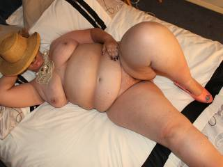 I hope my naked curvy bbw bod has some of you reaching for your cock X