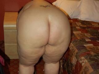 Who wants to spank Naughty V?