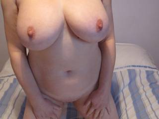 you would....wouldn\'t you. Love to hear from any ladies who would like to suck those nipples.