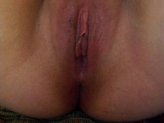 Tasty looking pussy....would love to get my tongue in it.
