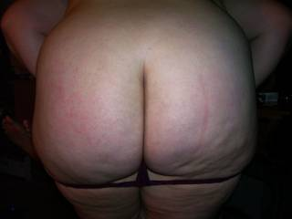 Talk about a MILF PAWG!!!  Lupo\'s wife has a great ass don\'t you think?