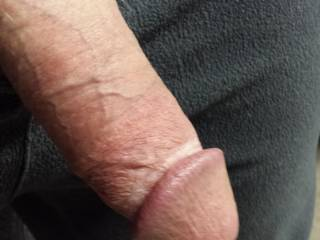 would love to feel your hot cock throbbing pulsating shooting in my hands .... and elsewhere