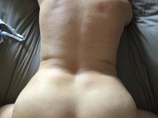 keep fucking bend over, who want to pull my hair and suck his dick ??