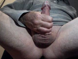 Great wank and I\'m cumming