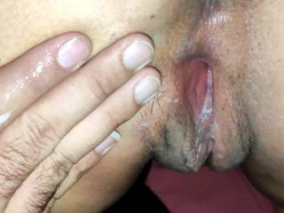 her pussy is just wet...is she cumming??