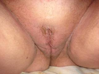 would i you have a super hot pussy would love to suck that sweet hole