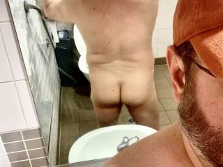 Just a little break from work to make the day pass faster. Want to join me in the bathroom for some fun?