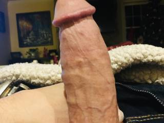 Looking to fill up your tight holes with my thick cock and shoot my huge load down your throat.