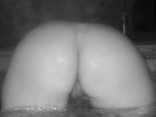 Showing off my ass in the hot tub