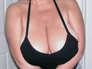 Who wants to motorboat these big titties?