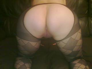 i would love to fuck you bareback anytime babe would love to fill that sexy pussy till it drips out xx