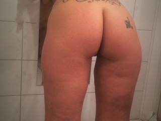That's not just some ass that's one lovely ass 😍😘