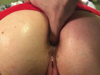 Hubby\'s fingering my asshole