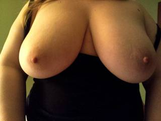 You have beautiful tits and an all around gorgeous body....cum sit on my face for an afternoon or two! MMMm  im so.shore