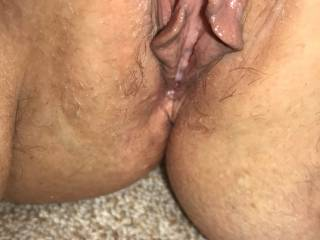 My wet pussy needs to be fucked so hard that I'm shaking and can't walk! Who can fuck me hard, rough, take control of me and kill this pussy?? 🤔🤔