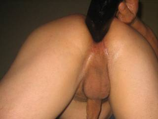 thats just so horny i could fist you as i suck your cock if you like