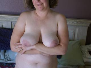 Sexy Mormon lady offering you her beautiful tits.