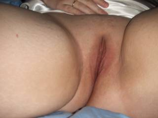 Mmm so good!! let me give  u mine after i lick and taste that lovely pussy