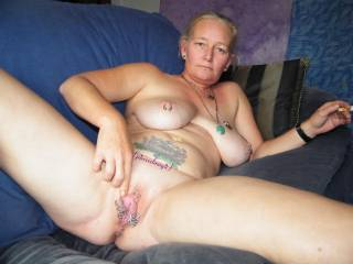 awesome smooth pussy,just everything is HOT!