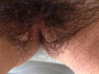 mmmmmmm....love the hairy pussy...can u sit on my face and long tongue??