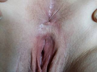 Dripping pussy 😋😋