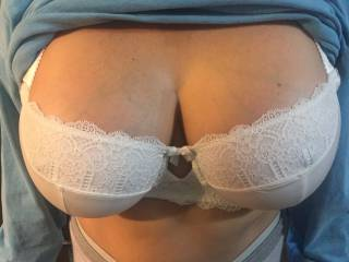 Yep, my boobies (in a bra).