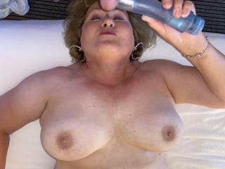 Oh Mrs Seeker hits that spot! Her big tits are about to get blasted! Wanna shoot with me?