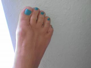 Beautiful....but ultimately it matters not what colour your amazing toes are...especially when they're in mouth being sucked and worshipped. Gorgeous!!