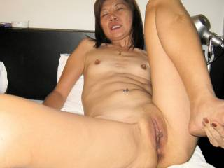 Kung\'s perfect pussy and very small titties...