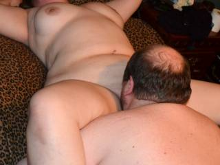 hubby eating the pussy of our new friend