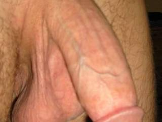 MMMMMMMM...... what a STRONG looking cock!!!  i bet you could do me some good with that HUGE thing!!!