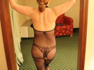 A wonderful view from behind!!   Absolutely beautiful and oh, sooooo sexy!!